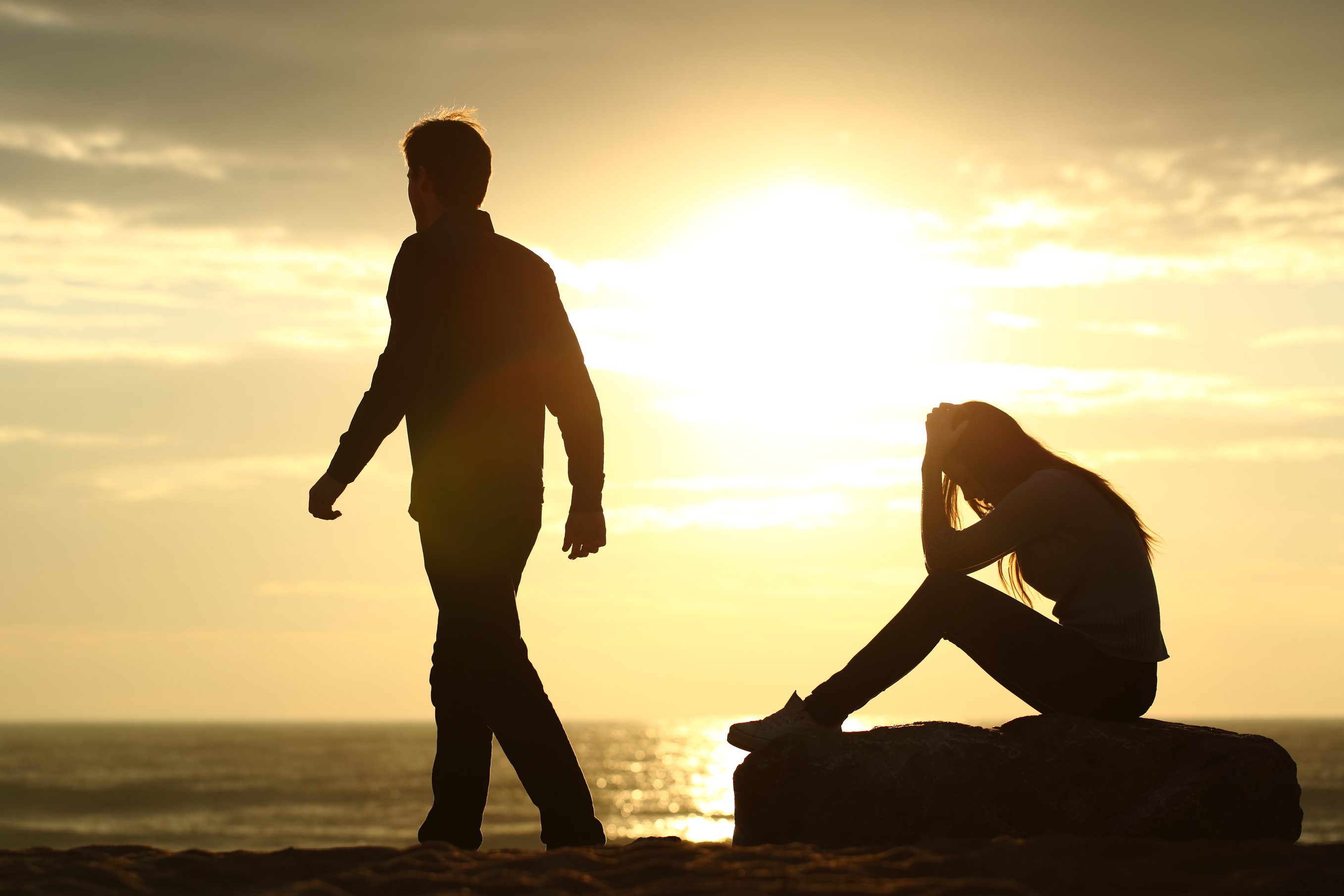 4 Signs to Re-evaluate Your Relationship