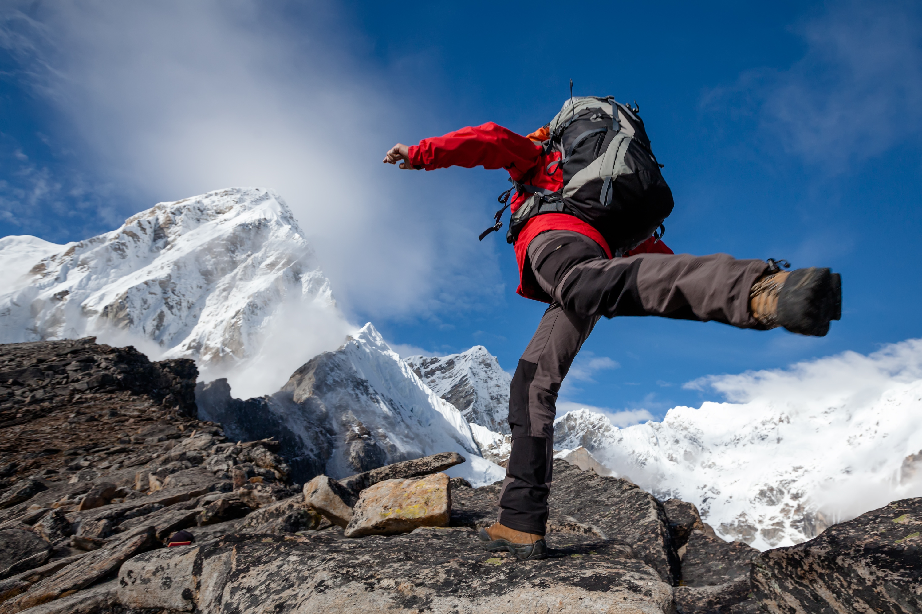 What Everest Mountaineers Reveal About Adrenaline Addiction